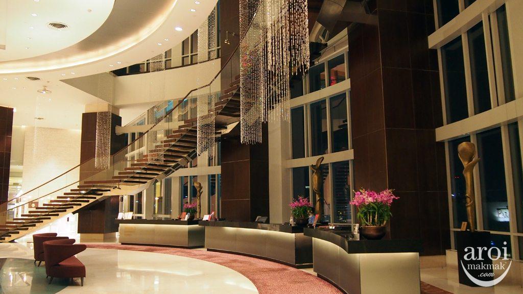 Centara Grand Central World - Lobby