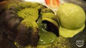 http://aroimakmak.com/wp-content/uploads/2013/10/yuutaro-greentealavamoltencake.jpg