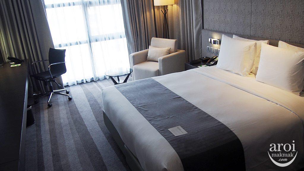 holidayinnsukhumvit22-room1