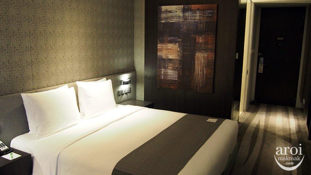 holidayinnsukhumvit22-room2