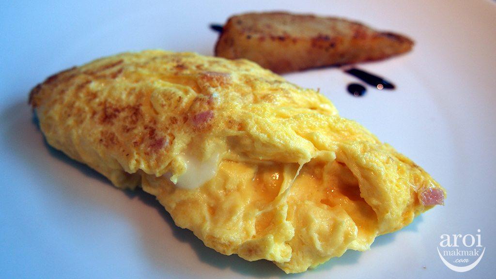 The LIT Bangkok - Breakfast @ BCDE