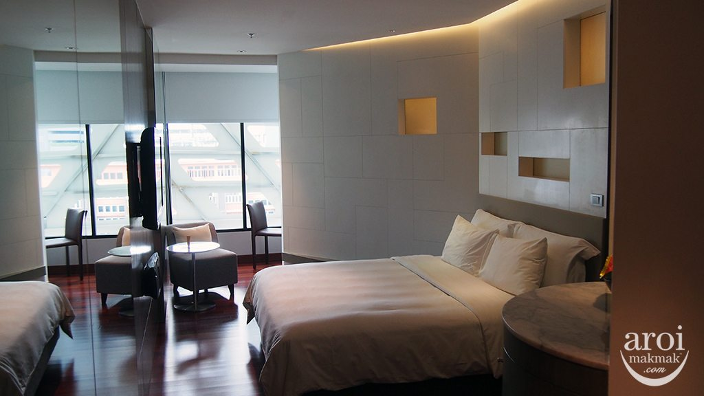 The Lit Bangkok - Different Degree Room