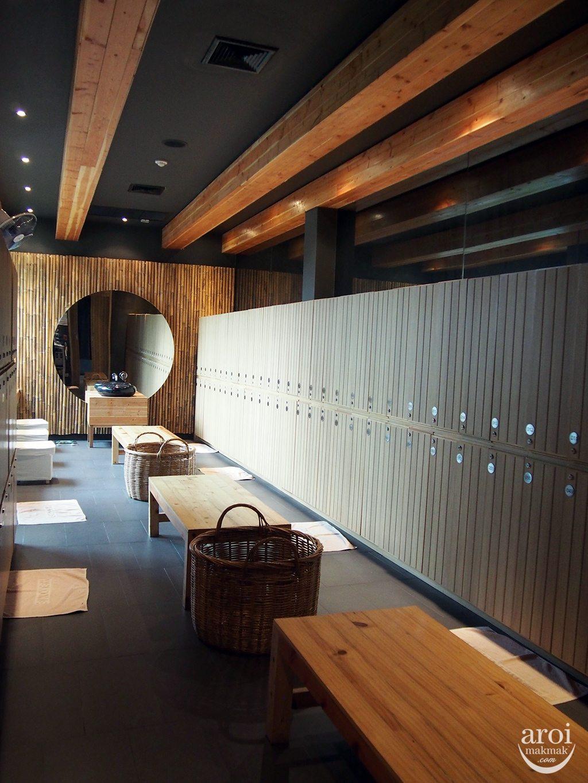 Yunomori Onsen Spa - Changing Room