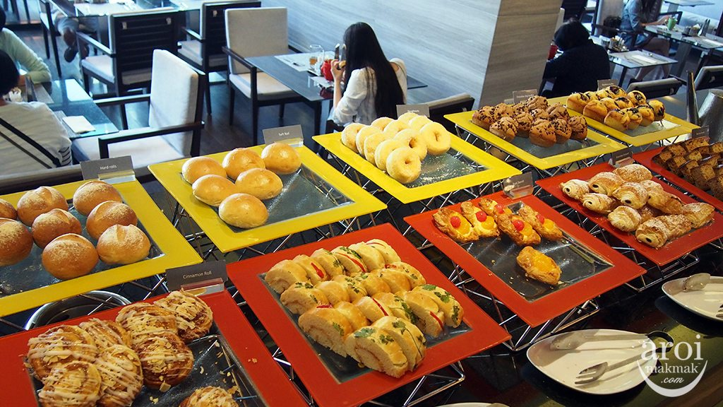 zetacafe-pastries