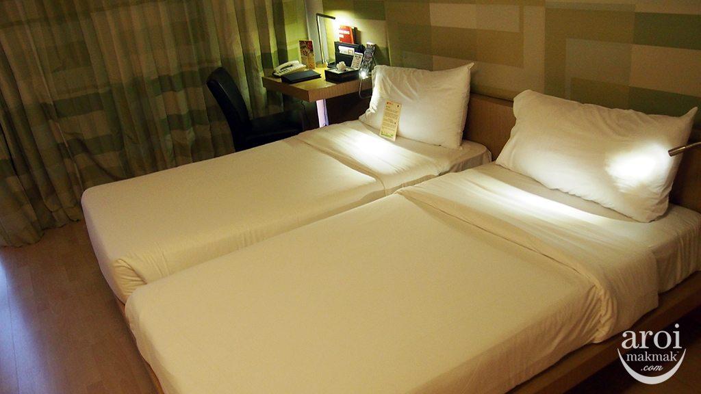 Le Fenix Sukhumvit Hotel - Room