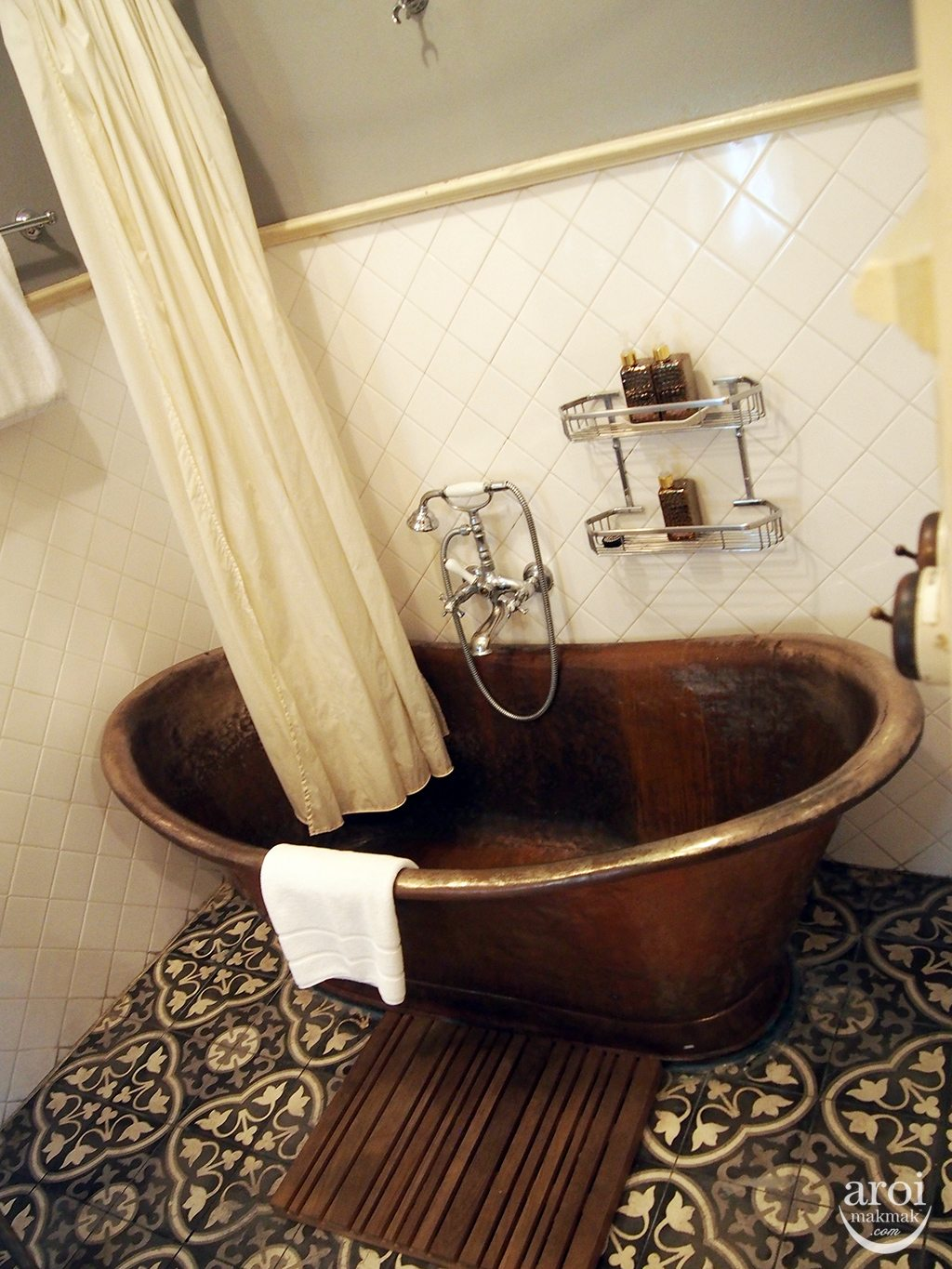 The Eugenia Hotel - Bathtub