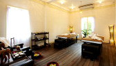 http://aroimakmak.com/wp-content/uploads/2013/12/theeugeniaspa-room2.jpg