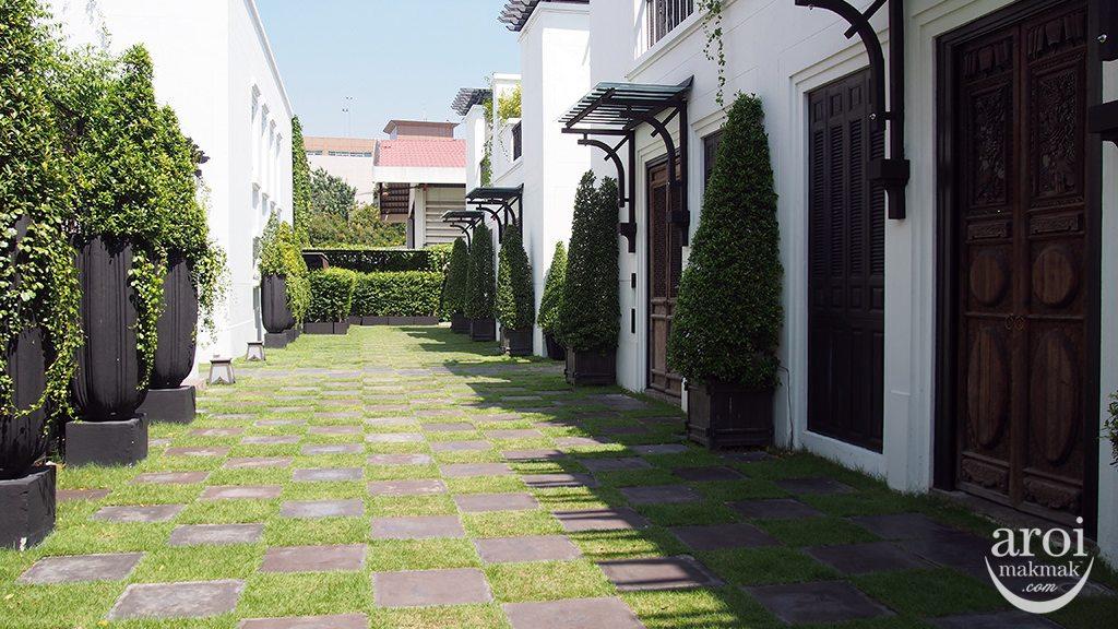 thesiamhotel-villahallway