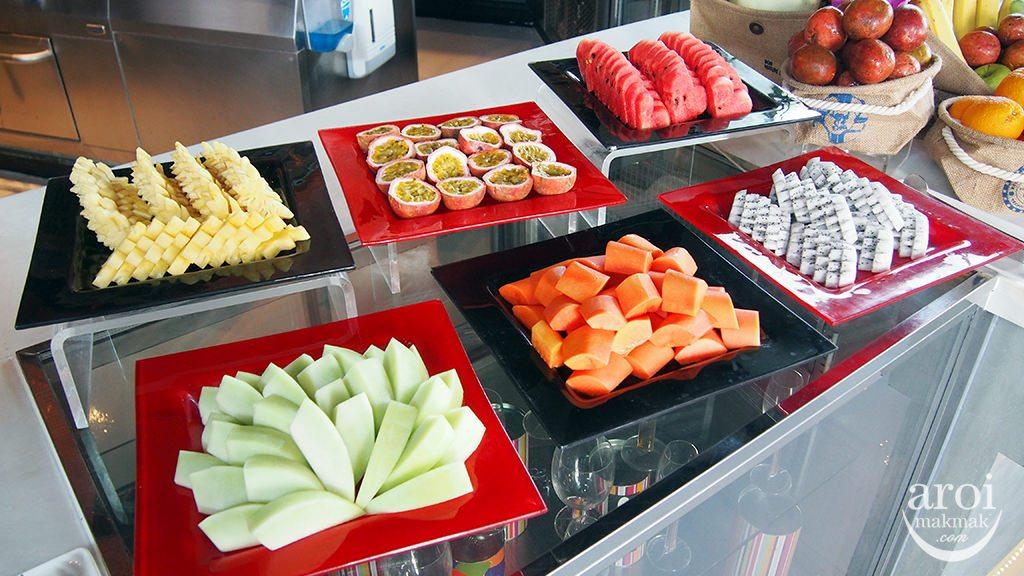 crave-fruitplatter