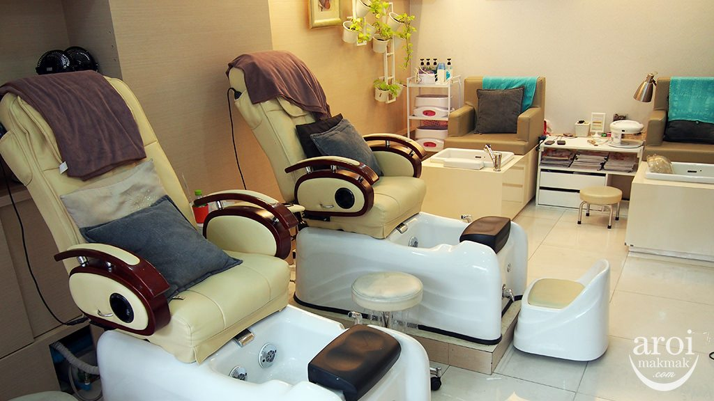 nailosophy-massagechair