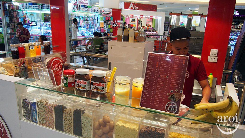 yummycrepe-kiosk2