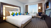 https://aroimakmak.com/wp-content/uploads/2014/11/novotelbangkokploenchit-superiorroom.jpg
