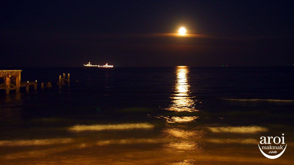 sangthaiseafood-moon