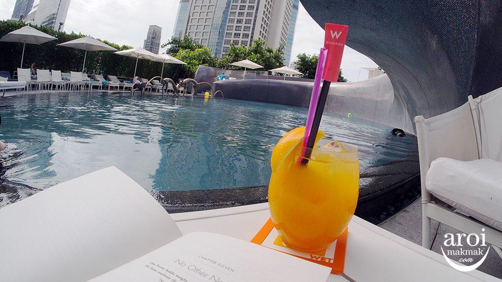 wbangkok-swimmingpool4