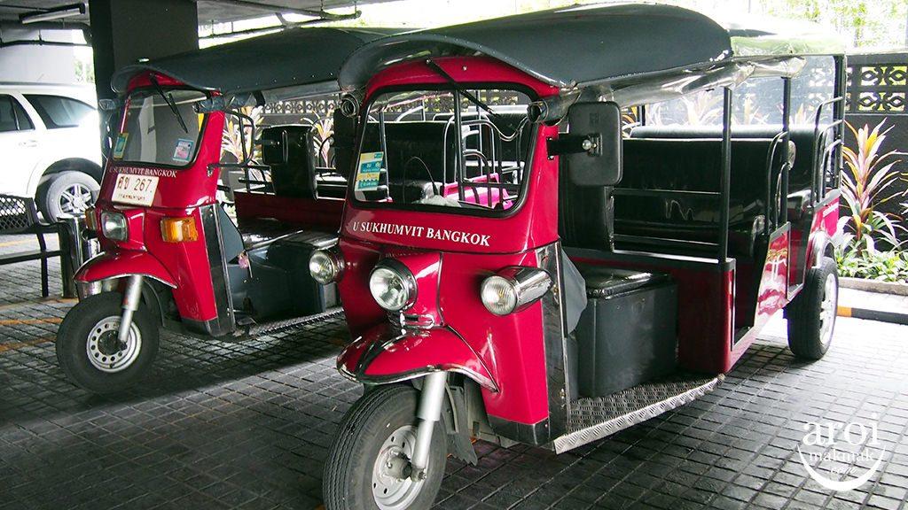 usukhumvit_tuktuk
