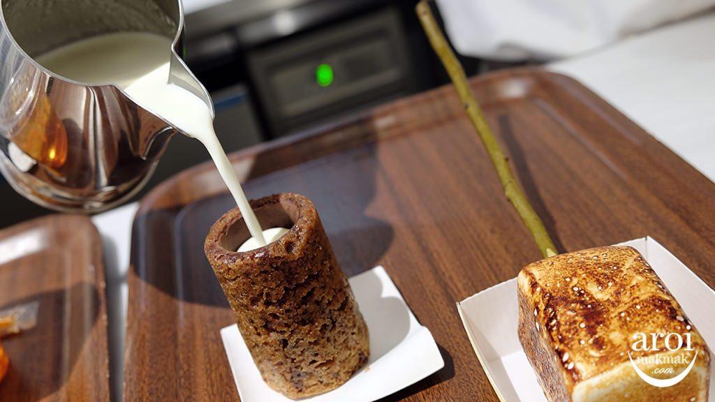 dominiqueanselbakerytokyo-pouringcookieshot