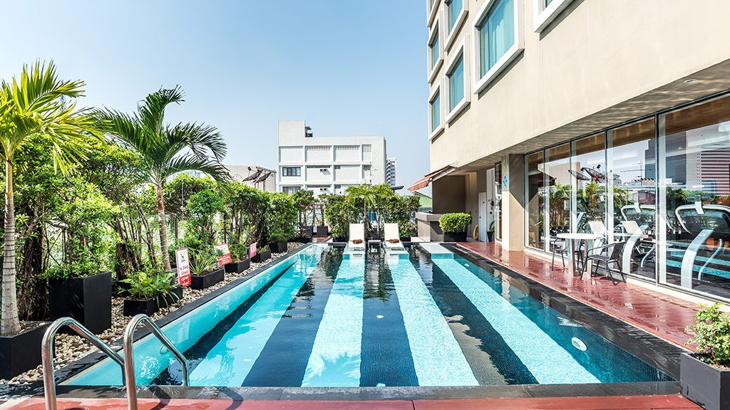 novotelsilom-swimmingpool