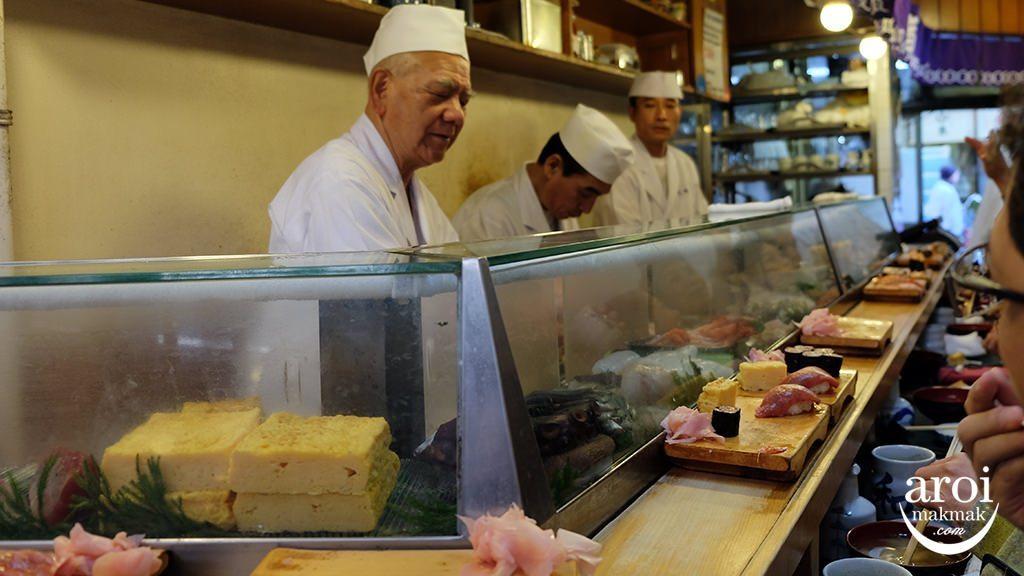 tsukijifishmarket-daiwasushi2