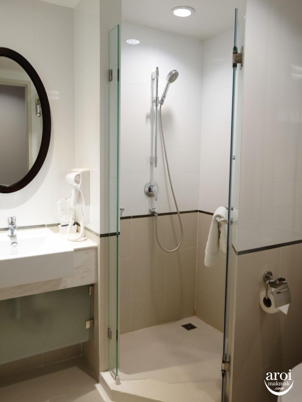 vincehotelpratunam-toilet