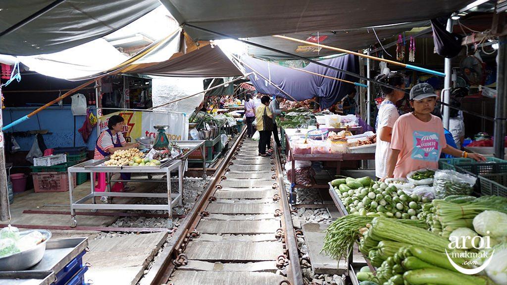 amazingthailandgrandsale2016-RailwayMarket