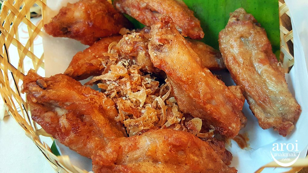 cafechillibangkok-friedchicken