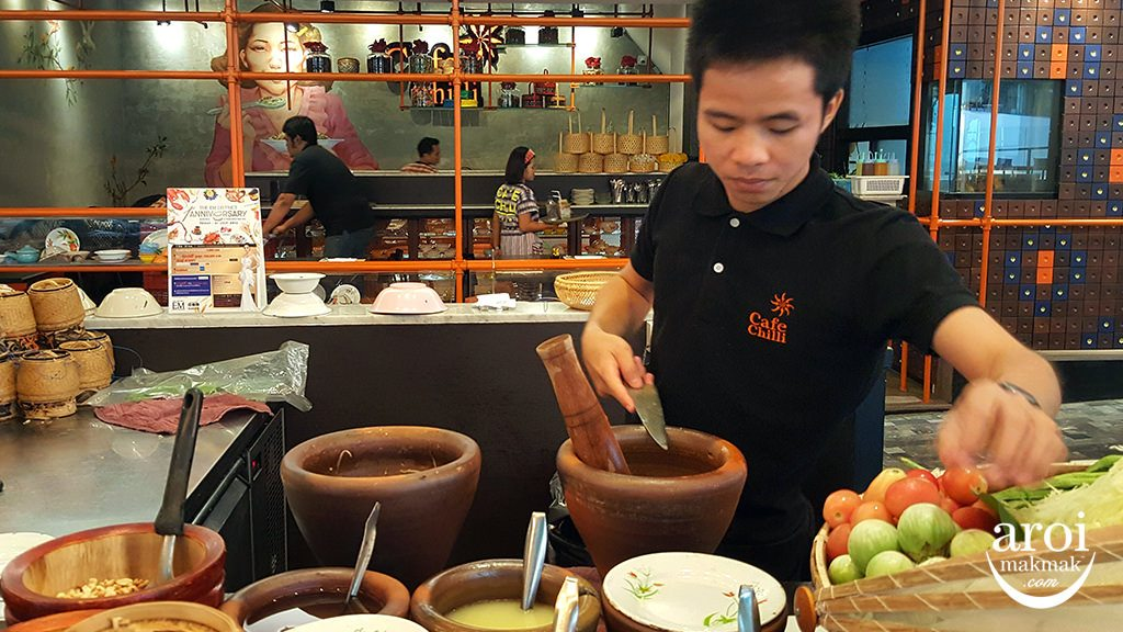 cafechillibangkok-makingofsomtam