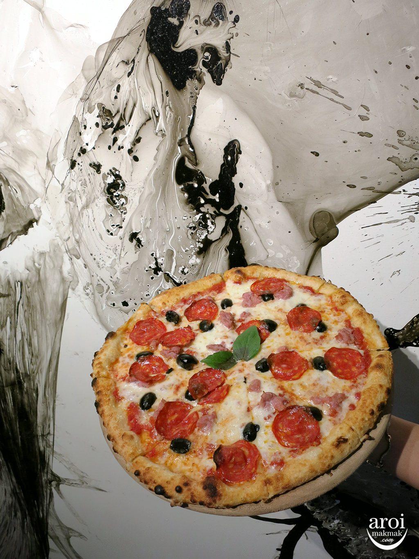 gallerypizza-newyorkerwithart