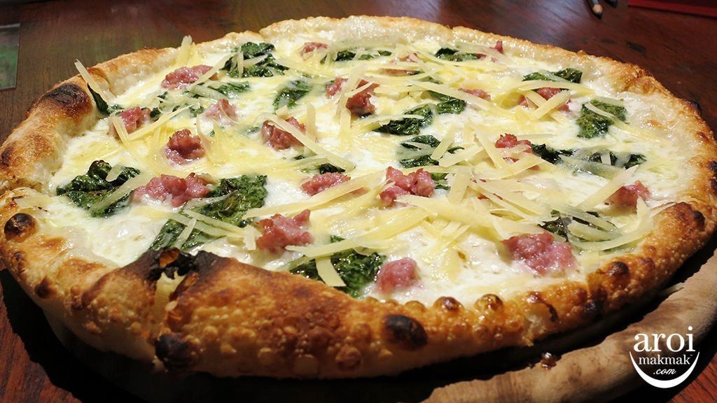 gallerypizza-whiteitalian