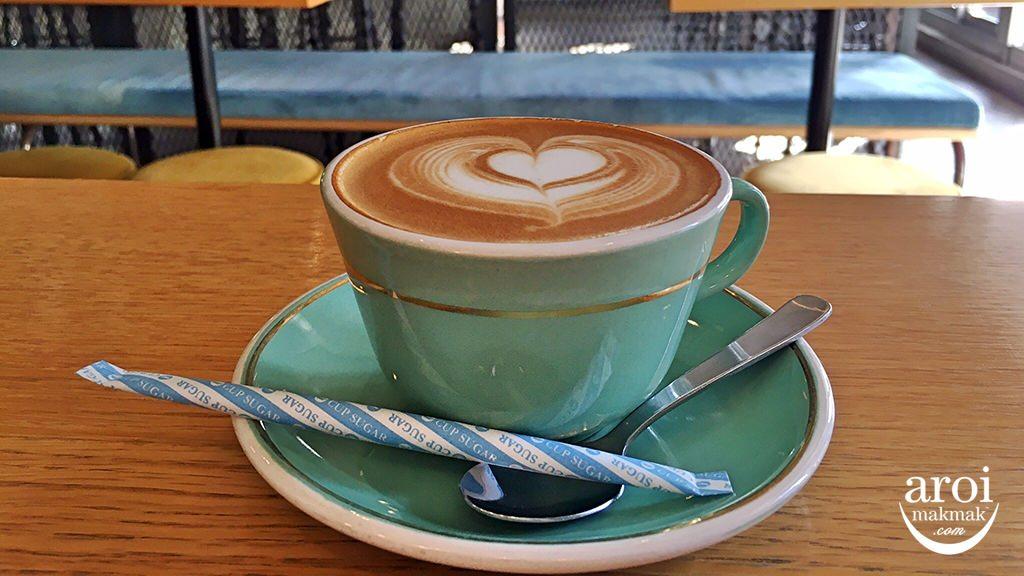 mojocoffeetokyo-flatwhite