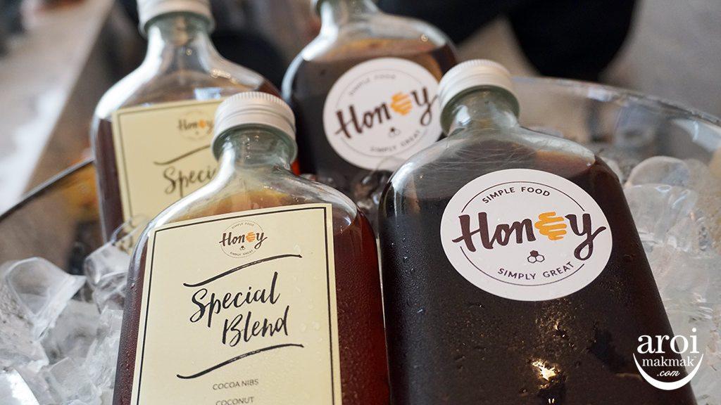 honeyseenspace-honeysignaturecoldbrew