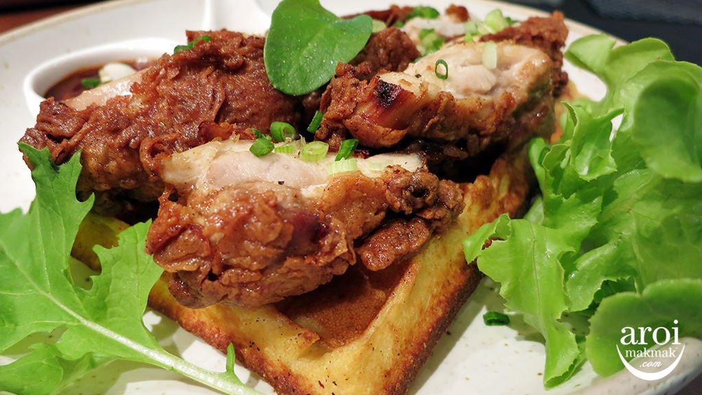 jonawaffles-chickenwaffles