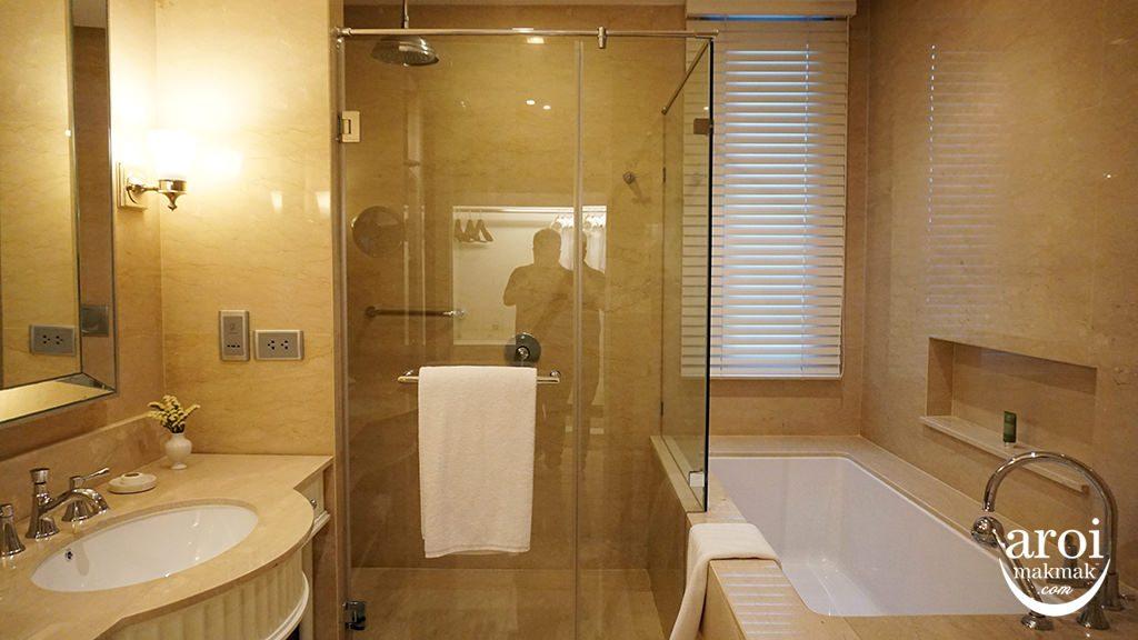 orientalresidencebangkok-bathroom