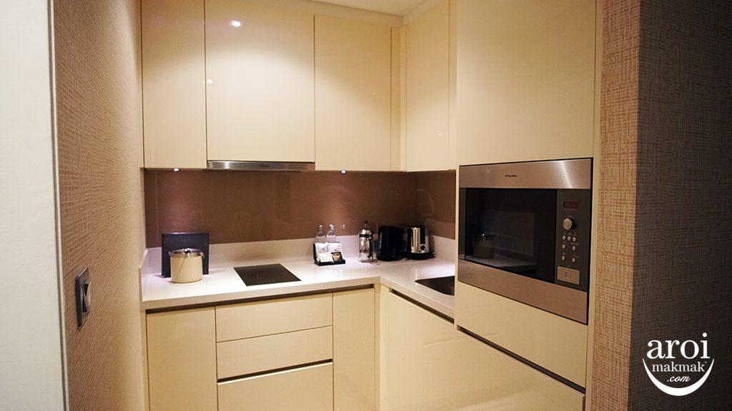 orientalresidencebangkok-kitchen