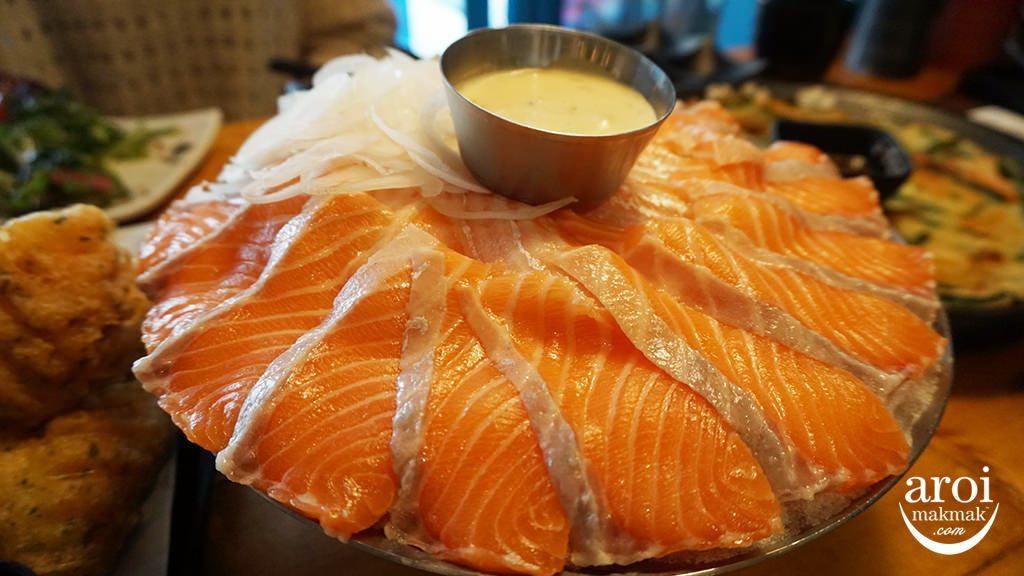 yeoneosanghoe-salmonsashimi