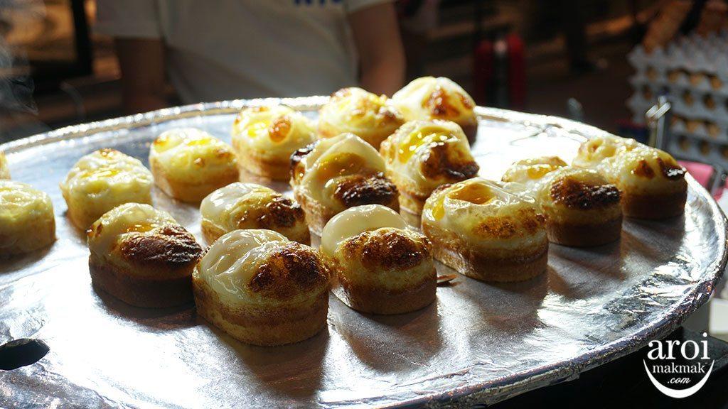10myeongdongstreet_eggbread1
