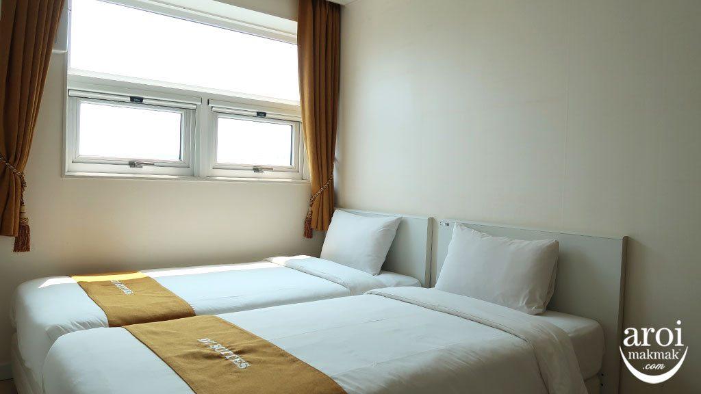 D7Suites_room1