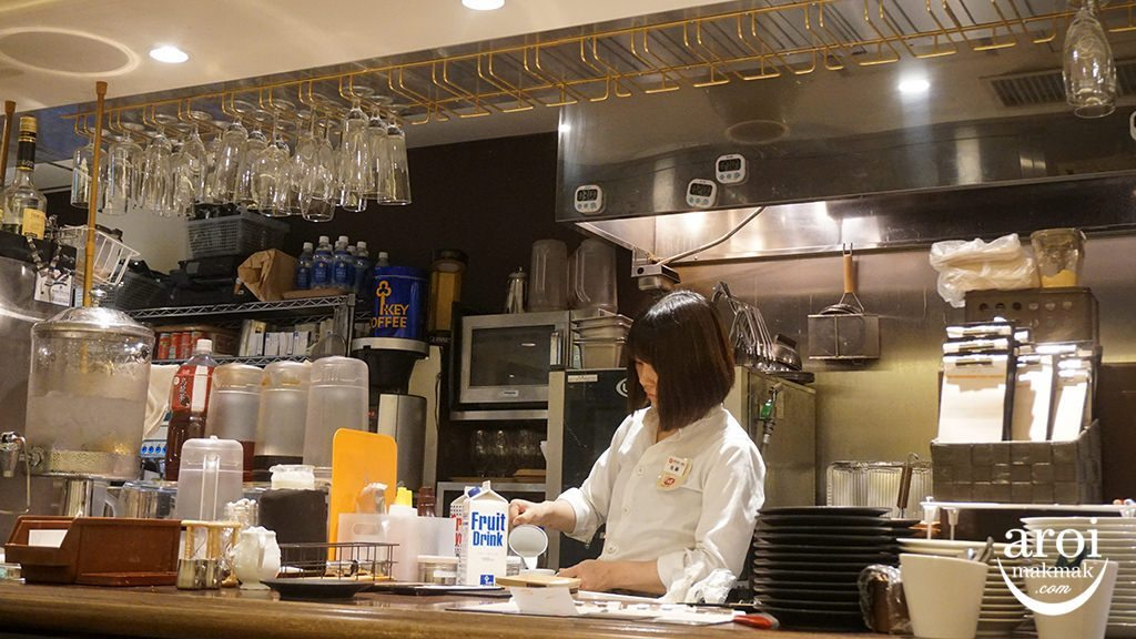 faribeurretokyo-kitchen
