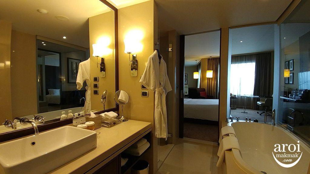 pullmanbangkokgrandesukhumvit-bathroom