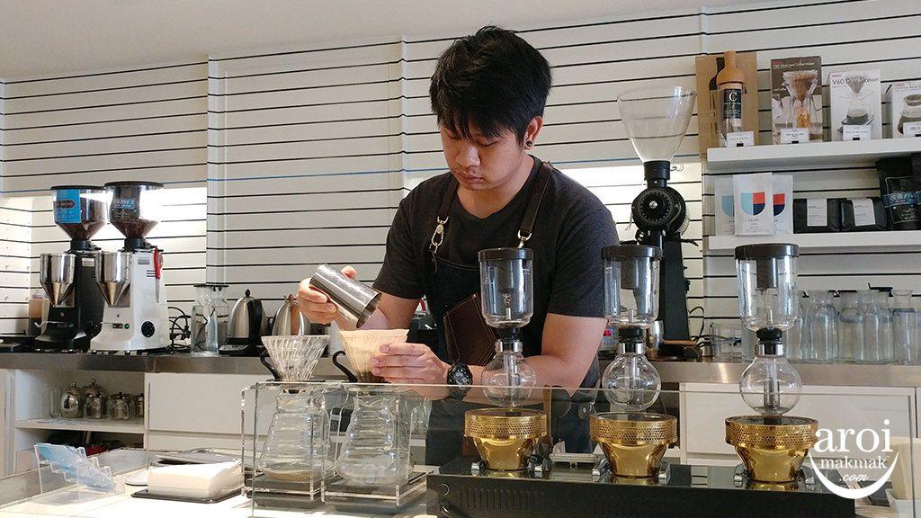 kaizencoffeeco-coffeebrewing