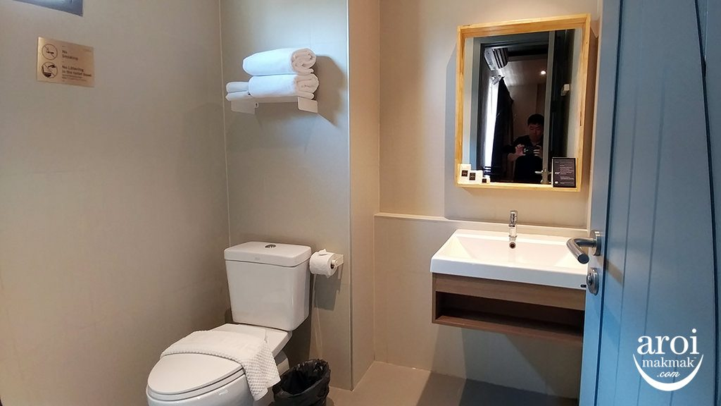 thabangkok-bathroom