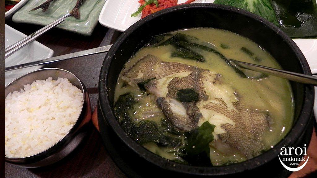 BusanObokMiyeok-seaweedfishsoup-miyeokgu