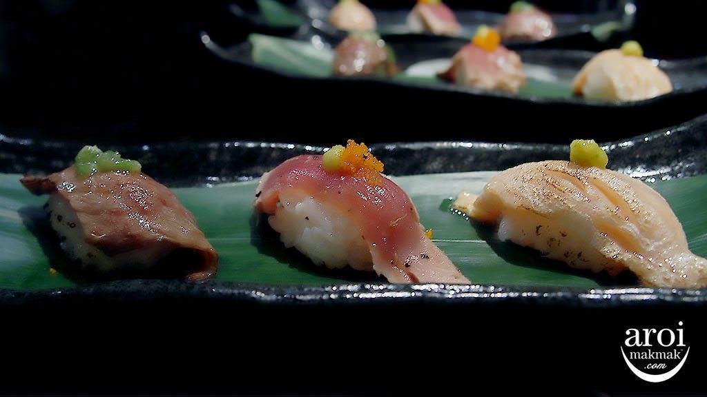 shabuya-vivocity-sushibar-wagyusushi-salmonbelly