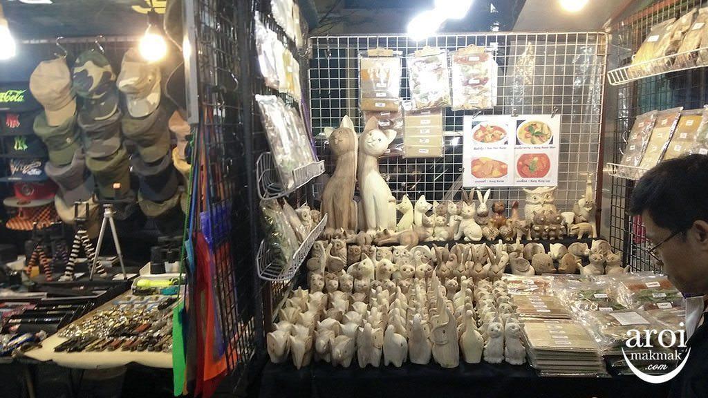 anusarnnightmarket-scruptures