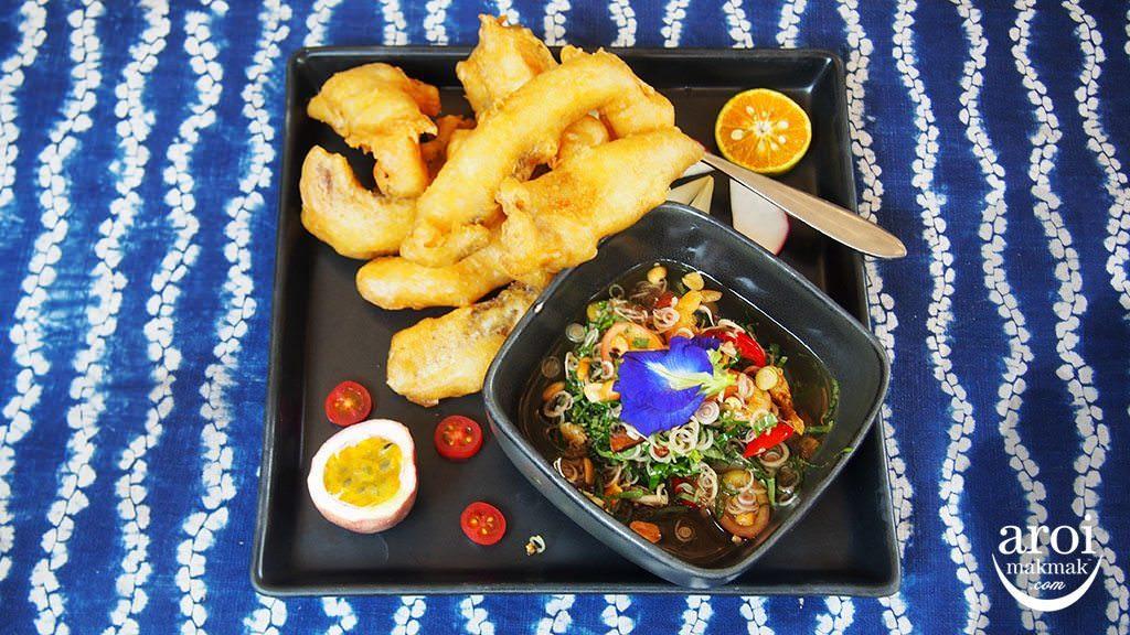 meena-ricebasedcuisine-deepfriedfish