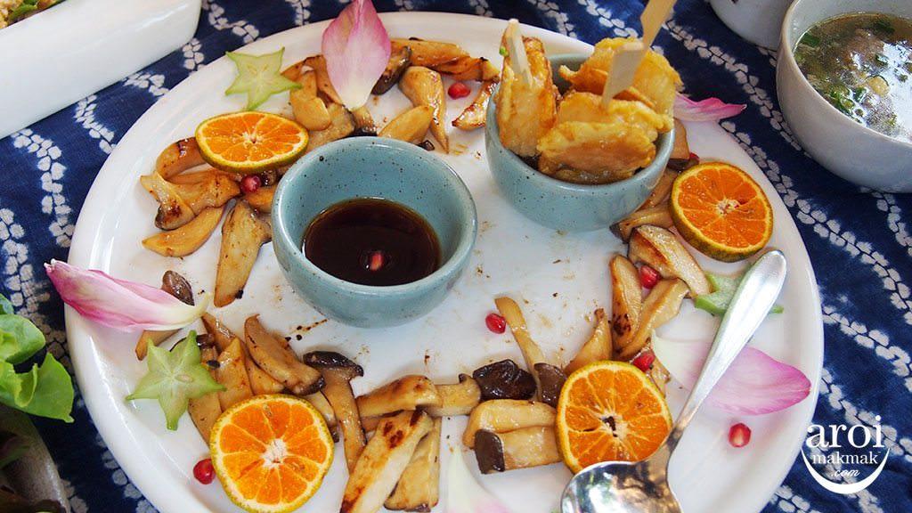 meena-ricebasedcuisine-roastedstickyrice