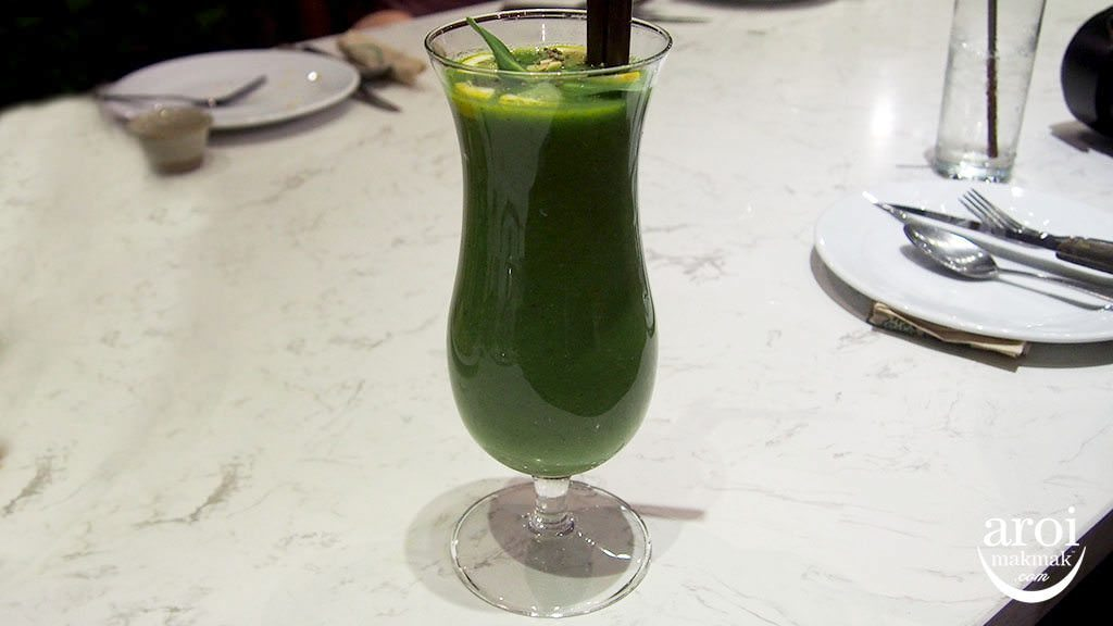 ohkajhu-greendrink