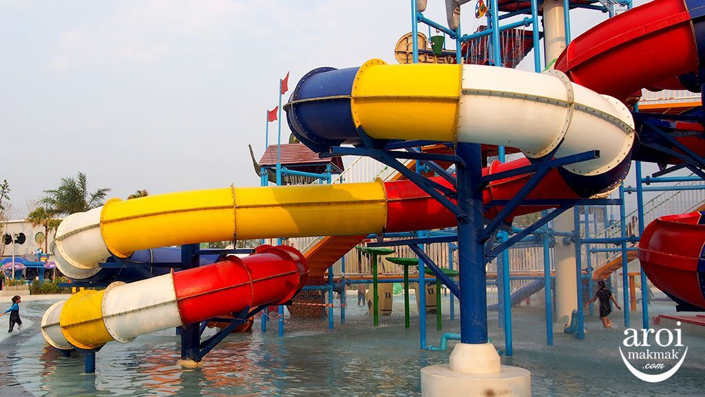 tubetrekwaterpark-childrenslide