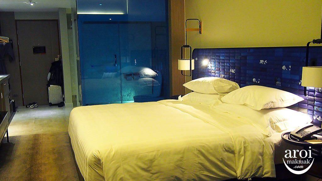unimman-hotelroom-deluxe