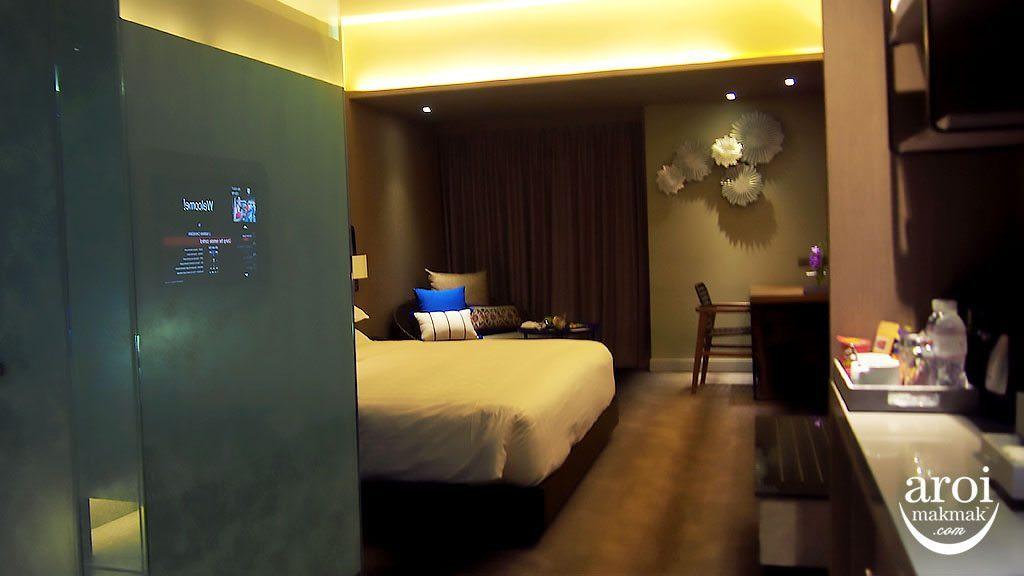 uniman-hotelroom