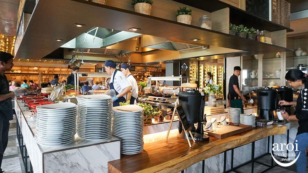 NovotelBangkokSukhumvit20-Breakfast1